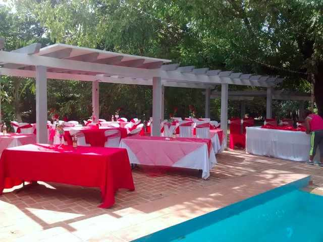 We offer you beautiful Houses for Parties in Cuba