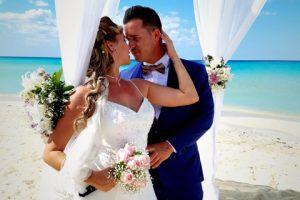 local y paquetes de bodas en la playa